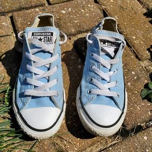 Converse baby blue size 1